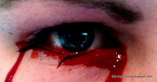 Air Mata darah