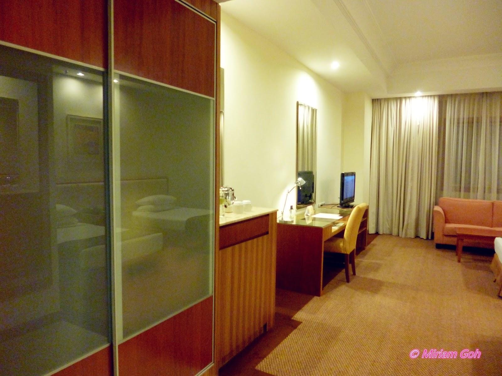 REVIEW: Sunway Putra Hotel - ♥Miriam MerryGoRound♥