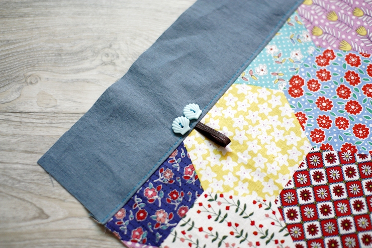 Easy Shopper Tote Bag Sewing A Step-by-Step Tutorial with Photos.