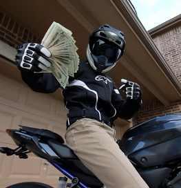 dinheiro para comprar moto