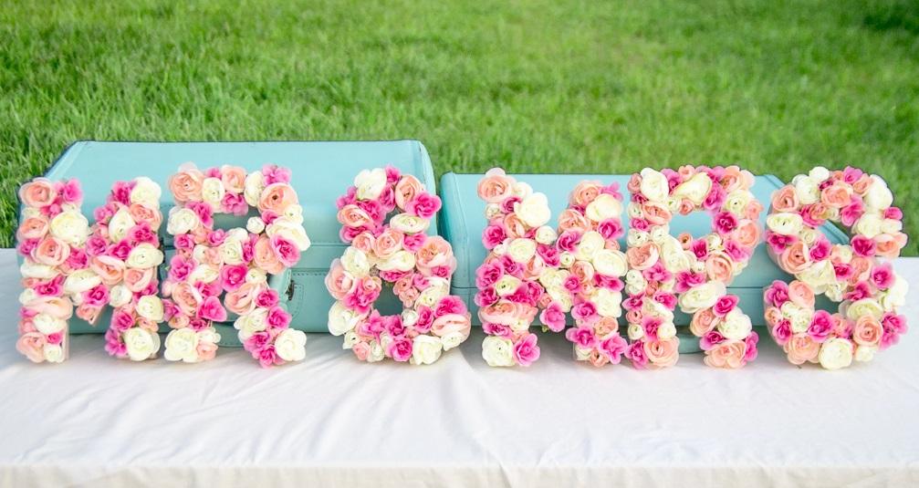 Letras decoradas con flores para tu boda blog de bodas originales para novias con estilo - Letras grandes decoradas ...