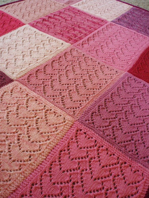 Sweethearts Baby Blanket - Free Pattern
