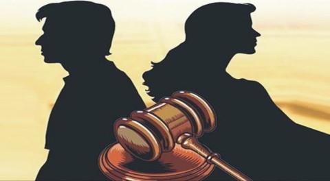 divorce through court - سال میں صرف ایک بار نہانے والی بیوی سے طلاق کیلئے خاوند عدالت پہنچ گیا