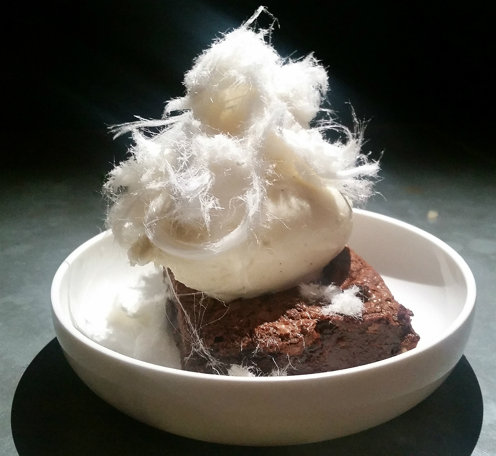 Balls and Co Brownie with Fairy Floss