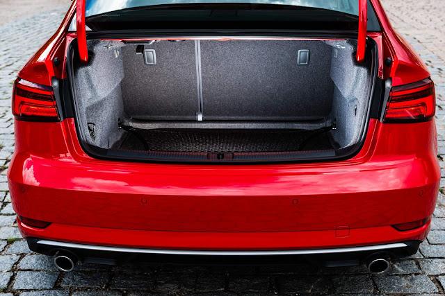 Audi A3 Sedan 2.0 Ambition 2017 - porta-malas
