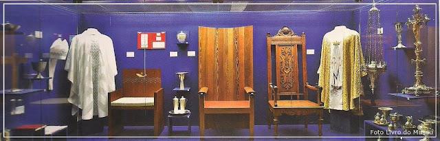 Museu de Aparecida,  objetos litúrgicos e tronos papais