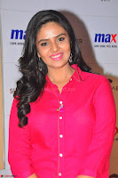 Sree Mukhi in Pink Kurti looks beautiful at Meet and Greet Session at Max Store (58).JPG