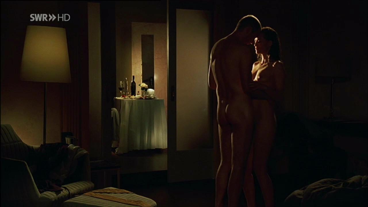 restituda1 39 s world of male nudity peter lohmeyer in zwischen heute und morgen 2009. Black Bedroom Furniture Sets. Home Design Ideas