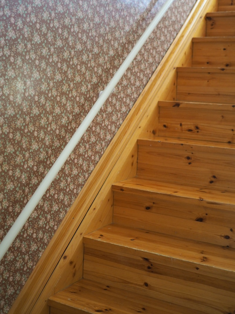 portaikko vanhassa talossa