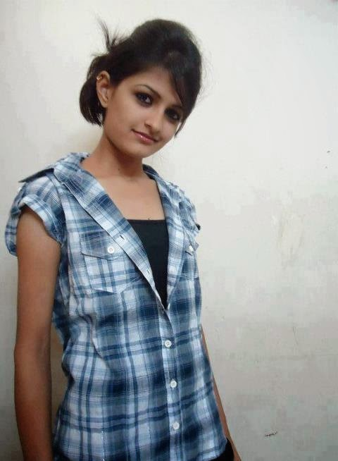 Indian College Girls Photo