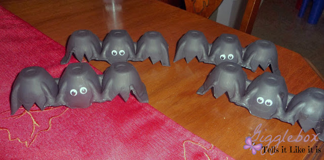 Halloween, Halloween decorations, reusing egg cartons to make Halloween decorations, egg carton bats,