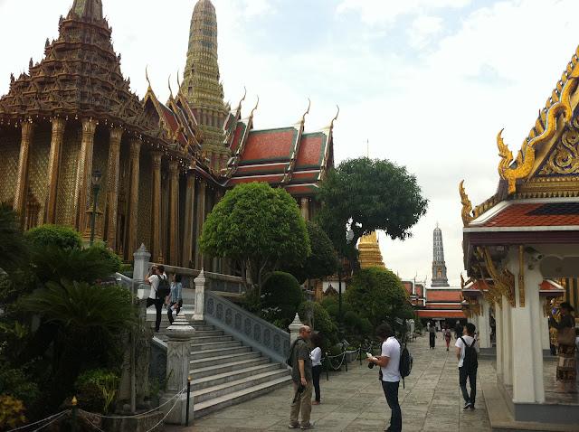 Dentro se encuentra el Buda Esmeralda