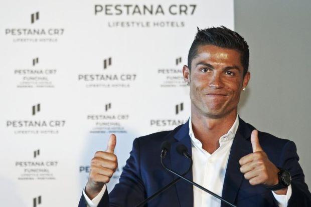 Nama Ronaldo Diabadikan Di Lapangan Terbang Madeira