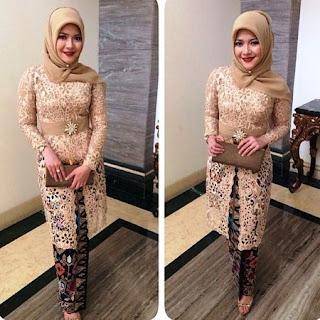 model baju kebaya dengan jilbab