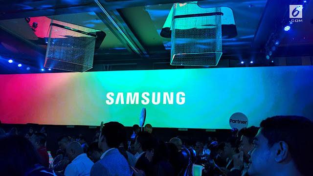Galaxy S10 Pakai Curved Display