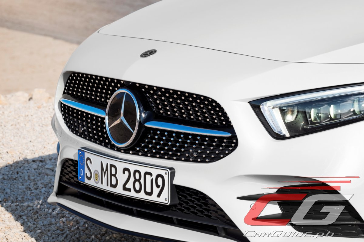 Geely buys percent stake in daimler ag parent for Mercedes benz vision statement