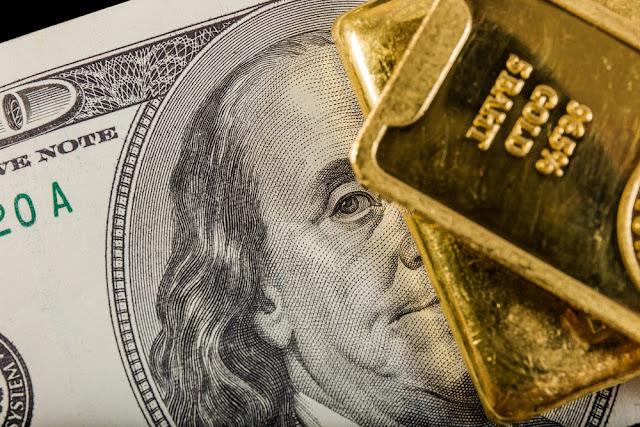 El oro sube
