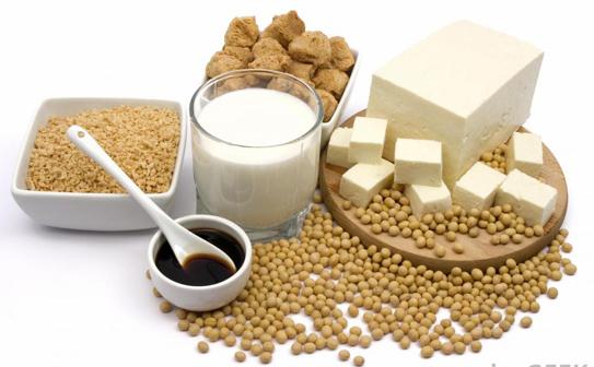 Tác dụng của sữa đậu nành đối với con gái là gì