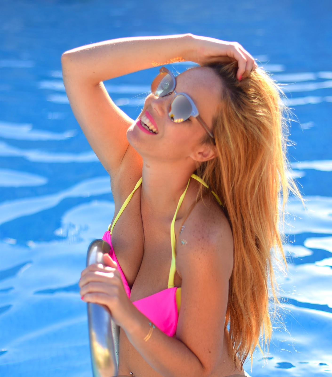 nery hdez, lalalilo, optical H , oliver peoples, blondedge, bikini, summer look