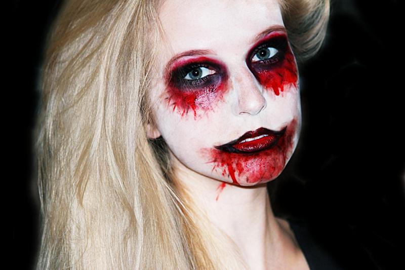 Halloween - Zombie Makeup Tutorial