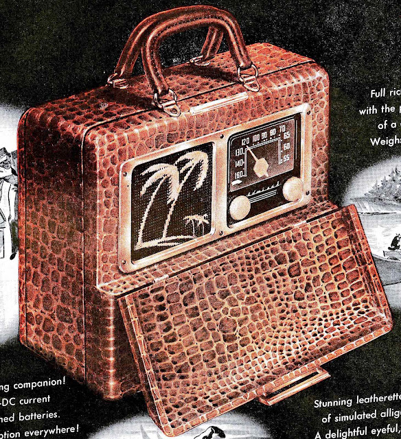 1947 alligator leatherette portable radio