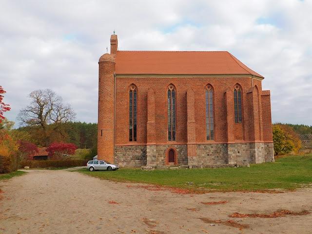 chwarszczany, kościół, kaplica, ceglany, zachodniopomorskie