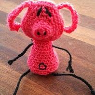 http://www.ravelry.com/patterns/library/pearls-before-swine--pig-rat-croc