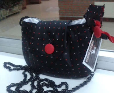 eSheep Designs' MyTie Makeover Mini Bag crafted by Nekane