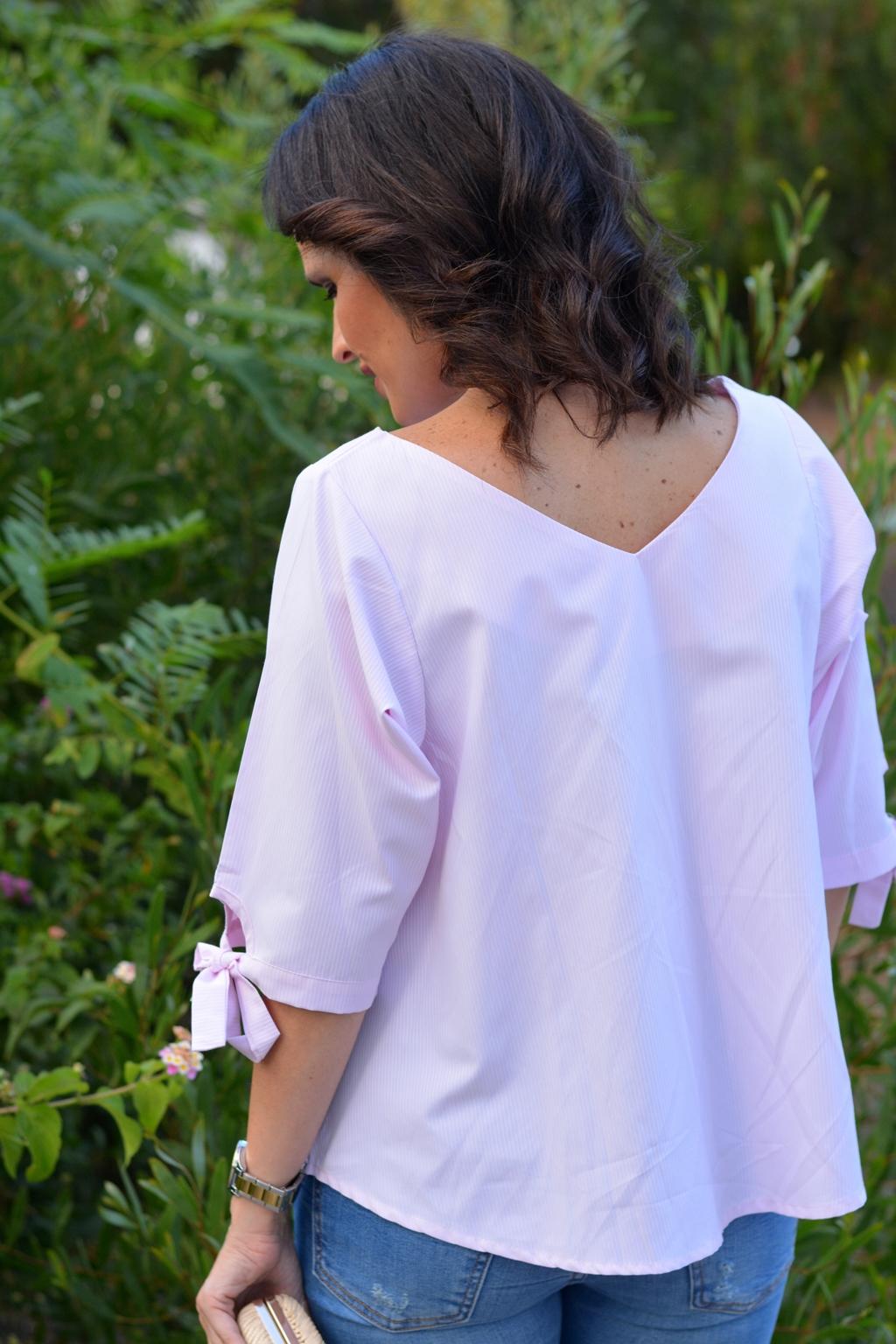 zara-outfit-jeans-bordados-blusa-romwe