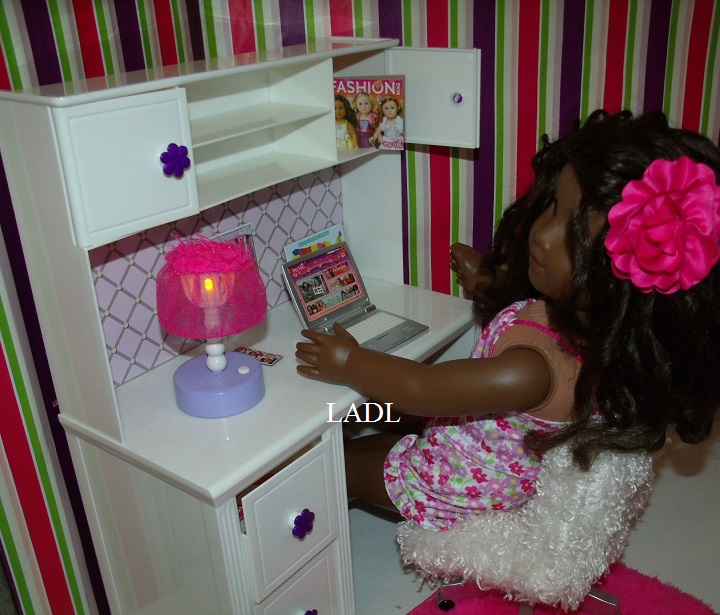 living a doll's life : *review* my life as.desk & accessories set