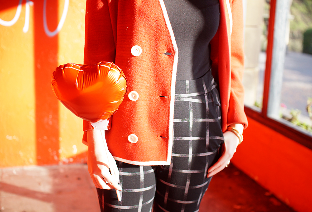 Frankly Ms Shankly, Edinburgh Blogger, red head, charity shop, H &M, New Look, Primark, vintage cardigan, Galentine's Day, red heart balloon, Valentine's style, Galentine's style