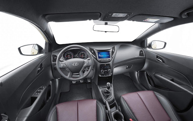 Hyundai HB20 D Spec - interior