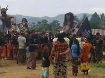 TNI BACK-UP KEPOLISIAN DALAM PENGAMANAN OGOH-OGOH