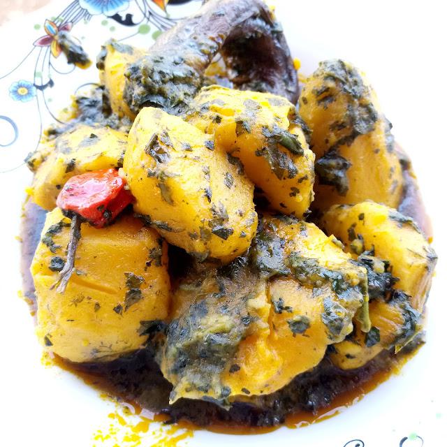 How to cook turning coco in cameroon, cocoyam porridge, bamenda, buea, african food