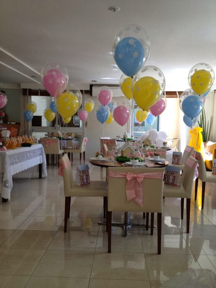 cha-casa-bonecas-mesa-convidados-baloes