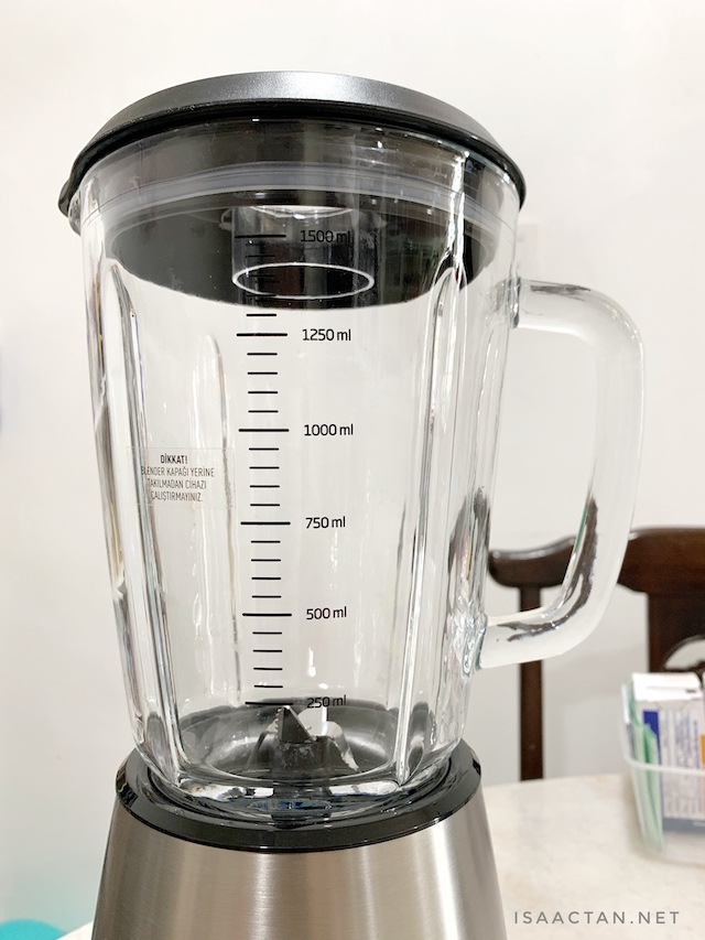 1.5L glass jug