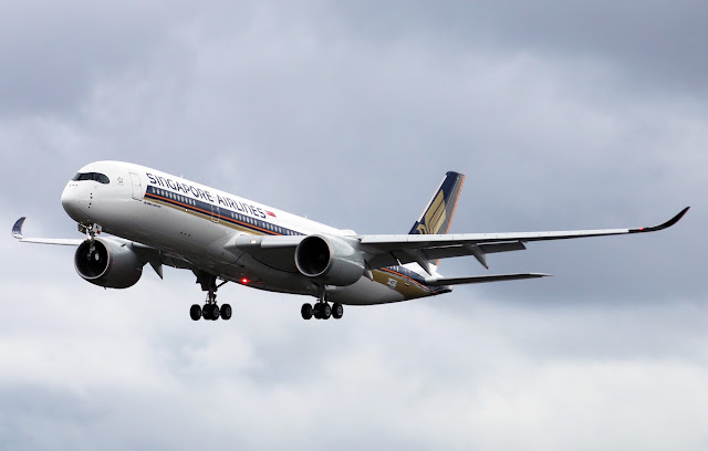 singapore airlines flies a350-900