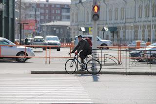 Велосипедист в Иркутске