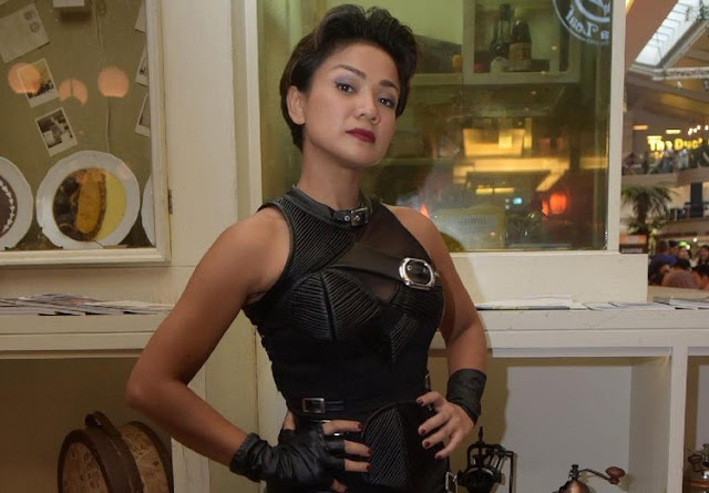 Nirina Zubir Berlatih Fisik Demi Perannya di '5 Cowok Jagoan'