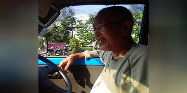 Kisah Keteladanan Sopir Angkot Pensiunan TNI Ini Sungguh Pantas Untuk Dicontoh