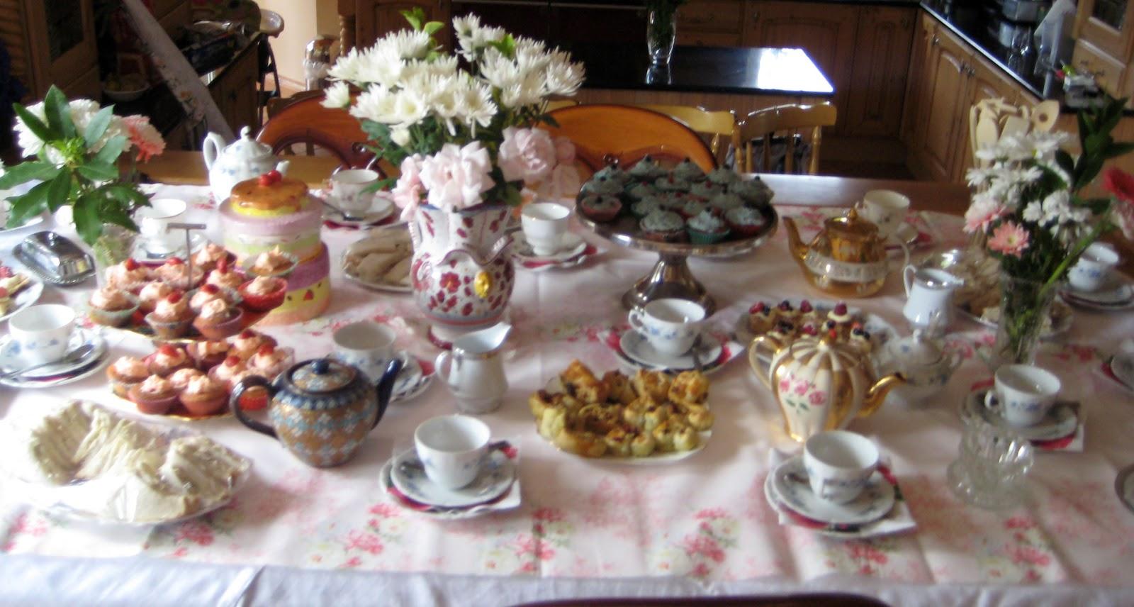 Teaparty: Serena's Medium Rare: Old Fashioned Tea Party