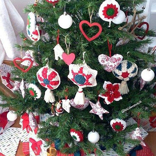 oh-so-crochet favorite finds christmas deco
