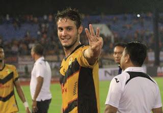 Persib Bandung Rekrut Dedi Kusnandar dan Patrick Dos Santos Cruz