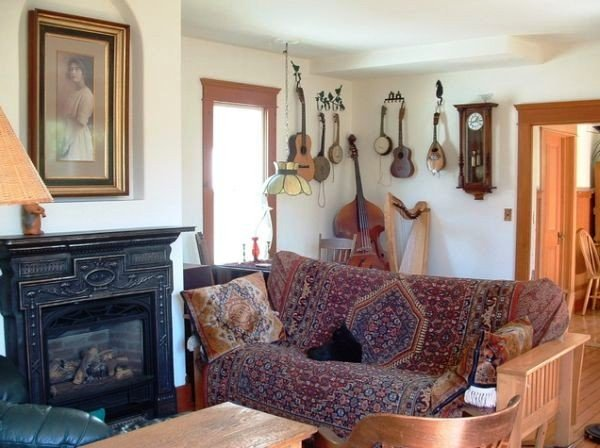 This Music Themed Home Interior Decoration Read Article Eclectic