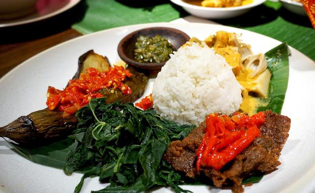 Kalori Nasi Padang