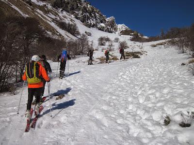 Resultado de imagen para esqui en el cerro Piltriquitron