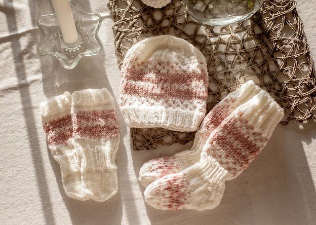 neulottu pipo villasukat tumput vauvalle