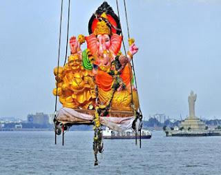 Ganesh immersion Nimajjanam Visarjan 2016 Live Updates in Hyderabad, Pune, Mumbai