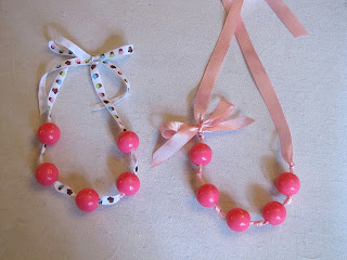 how to make a gumball necklace