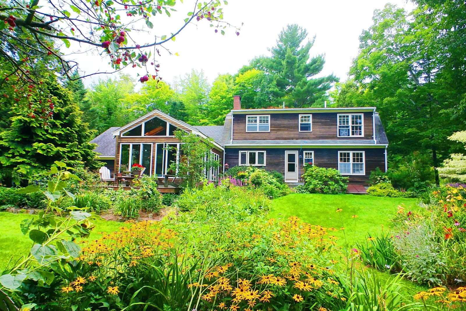 travel with the tasteful me Casa Primozich in Norway, Maine